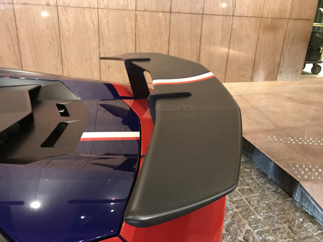 Minh Nhựa lái siêu xe hàng hiếm đến dự đám cưới người bán Richard Mille 18 tỷ Đồng cho mình - Ảnh 12.