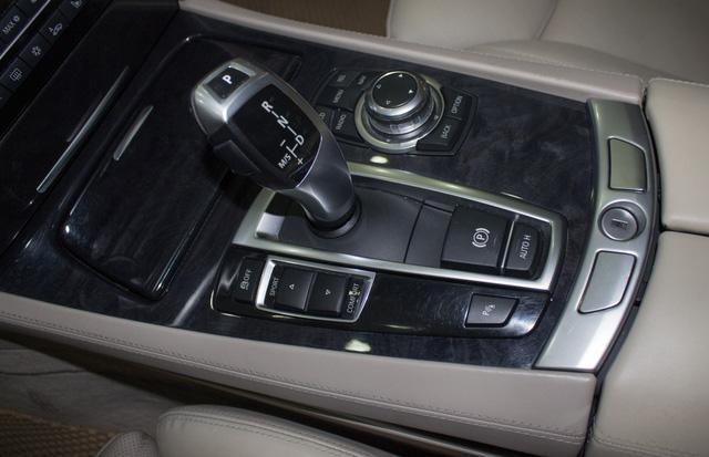 Xe sang BMW 740Li 2008 giá ngang Toyota Camry tại Hà Nội - Ảnh 10.