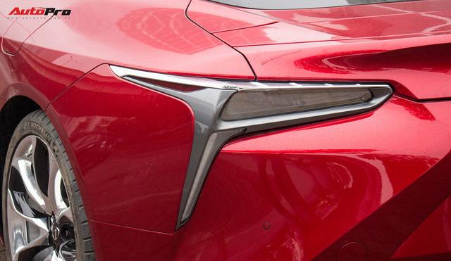 Diện kiến Lexus LC500 2018 đầu tiên tại Việt Nam - Ảnh 13.