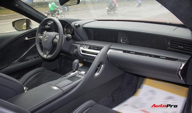 Diện kiến Lexus LC500 2018 đầu tiên tại Việt Nam - Ảnh 17.