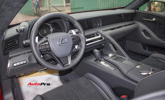 Lexus LC500 màu đỏ độc nhất Việt Nam tái xuất tại Hà Nội - Ảnh 9.