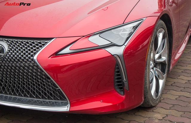 Diện kiến Lexus LC500 2018 đầu tiên tại Việt Nam - Ảnh 5.
