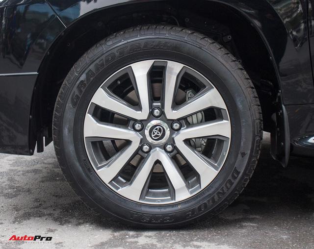 Hàng hiếm Toyota Land Cruiser từ Trung Đông giá gần 6 tỷ đồng tại Hà Nội - Ảnh 10.