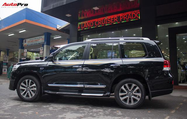 Hàng hiếm Toyota Land Cruiser từ Trung Đông giá gần 6 tỷ đồng tại Hà Nội - Ảnh 4.