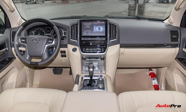 Hàng hiếm Toyota Land Cruiser từ Trung Đông giá gần 6 tỷ đồng tại Hà Nội - Ảnh 12.