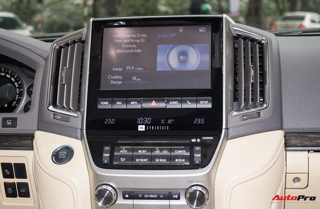 Hàng hiếm Toyota Land Cruiser từ Trung Đông giá gần 6 tỷ đồng tại Hà Nội - Ảnh 15.