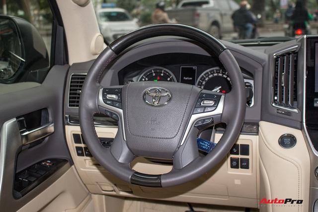 Hàng hiếm Toyota Land Cruiser từ Trung Đông giá gần 6 tỷ đồng tại Hà Nội - Ảnh 13.