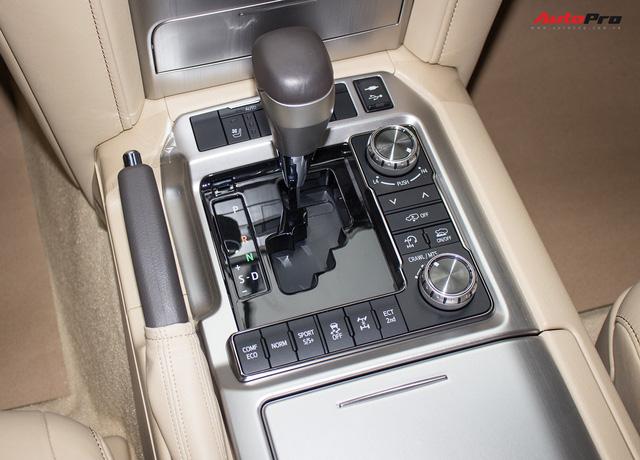 Hàng hiếm Toyota Land Cruiser từ Trung Đông giá gần 6 tỷ đồng tại Hà Nội - Ảnh 17.