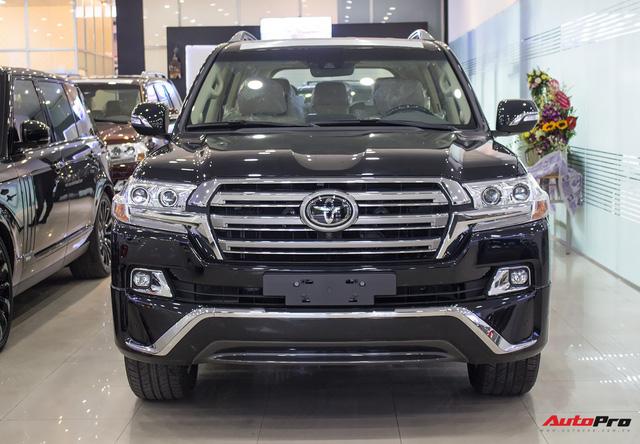 Hàng hiếm Toyota Land Cruiser từ Trung Đông giá gần 6 tỷ đồng tại Hà Nội - Ảnh 2.