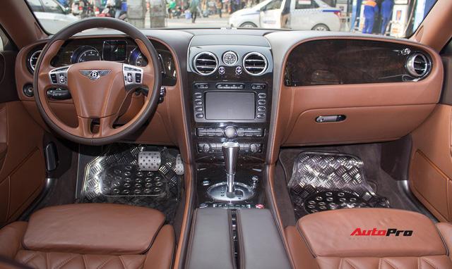 Xe siêu sang Bentley hạ nửa giá sau 7 năm - Ảnh 9.