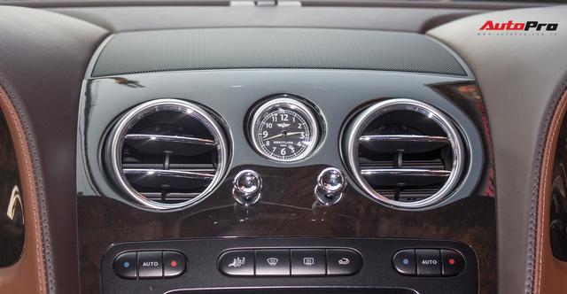 Xe siêu sang Bentley hạ nửa giá sau 7 năm - Ảnh 14.