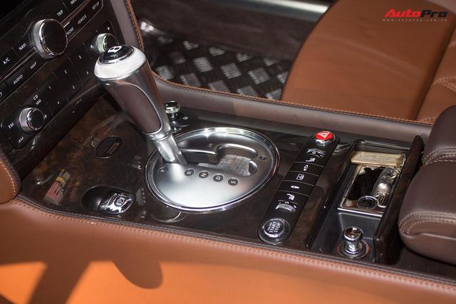 Xe siêu sang Bentley hạ nửa giá sau 7 năm - Ảnh 16.