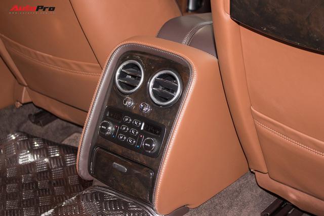 Xe siêu sang Bentley hạ nửa giá sau 7 năm - Ảnh 21.