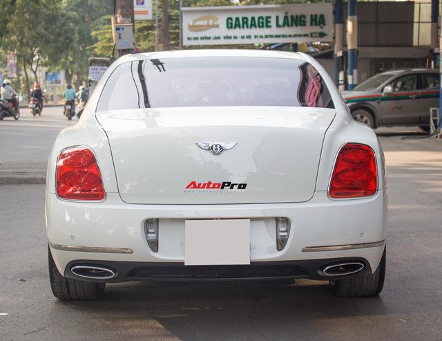 Xe siêu sang Bentley hạ nửa giá sau 7 năm - Ảnh 6.