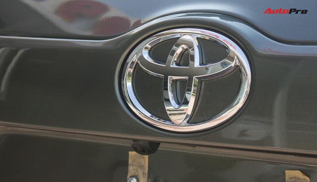 Toyota Highlander LE 2017 màu độc, lên đồ bản Limited giá 3 tỷ tại Việt Nam - Ảnh 12.