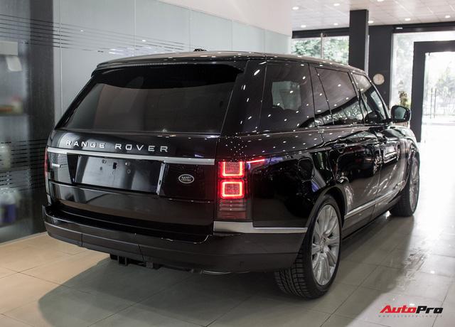 Rẻ gần một nửa xe mới, Range Rover Autobiography LWB lăn bánh 12.000 km bán lại giá chỉ 6,2 tỷ đồng - Ảnh 2.