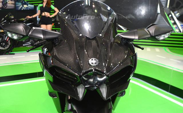 Chi tiết siêu mô tô hàng hiếm Kawasaki Ninja H2 Carbon tại triển lãm VMCS 2017 - Ảnh 7.