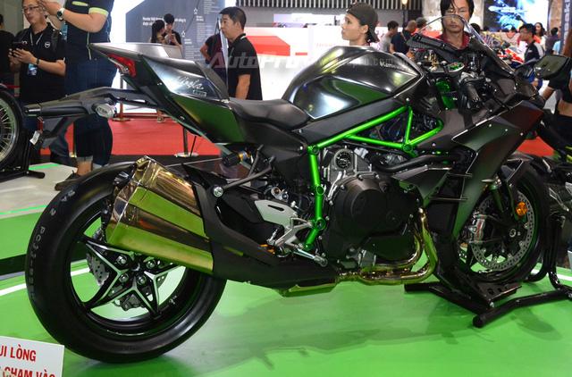 Chi tiết siêu mô tô hàng hiếm Kawasaki Ninja H2 Carbon tại triển lãm VMCS 2017 - Ảnh 13.