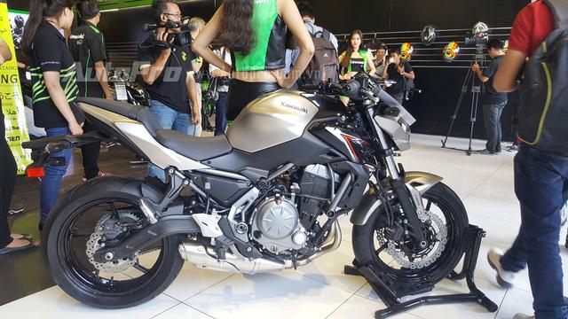Kawasaki Z650 2017 chốt giá 218 triệu Đồng có gì hot? - Ảnh 2.