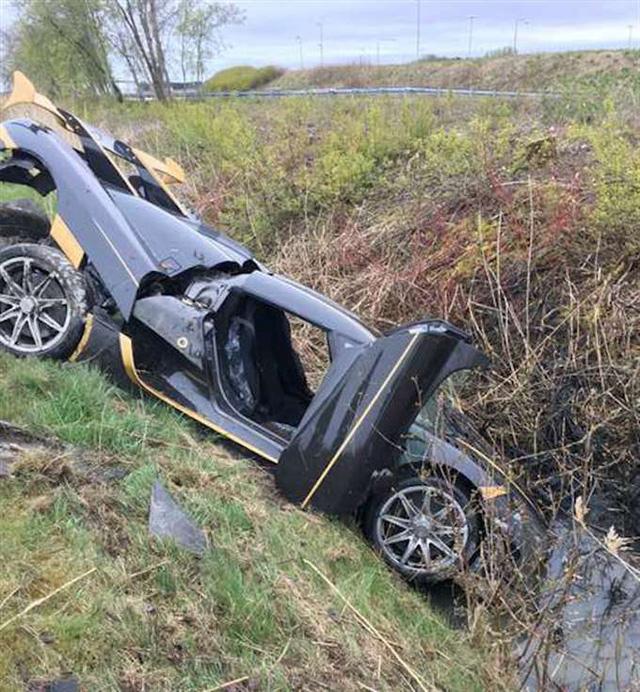 Siêu xe triệu USD Koenigsegg Agera RS gặp nạn tại Thụy Điển - Ảnh 1.