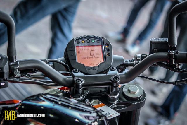 Cặp đôi naked bike cho người mới chơi KTM Duke 250 và Duke 390 2017 ra mắt Đông Nam Á - Ảnh 7.