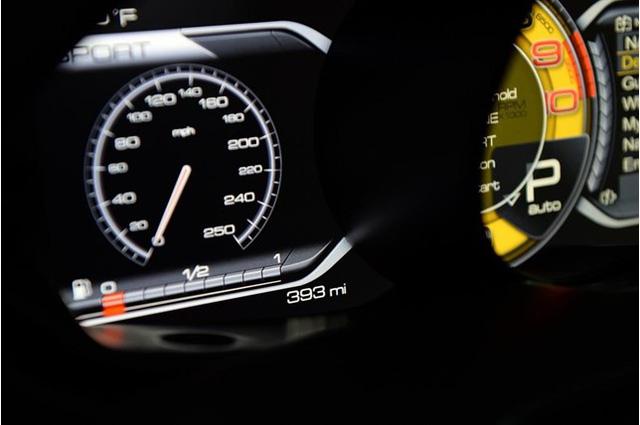 Đã qua sử dụng, Ferrari LaFerrari vẫn có giá gần 91 tỷ Đồng - Ảnh 3.