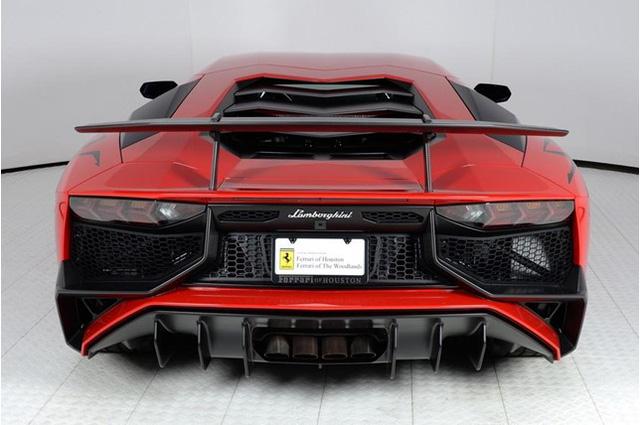 Vẻ đẹp siêu xe hàng hiếm Lamborghini Aventador SV đỏ rực rao bán 12,7 tỷ Đồng - Ảnh 6.