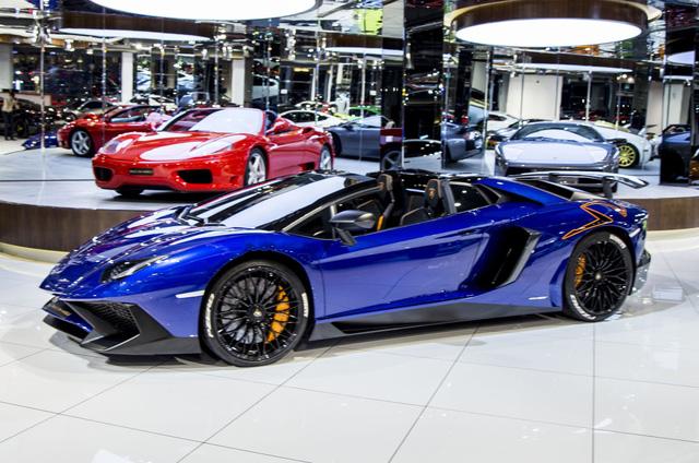 Vẻ đẹp lộng lẫy của Lamborghini Aventador SV mui trần rao bán 13 tỷ Đồng - Ảnh 8.
