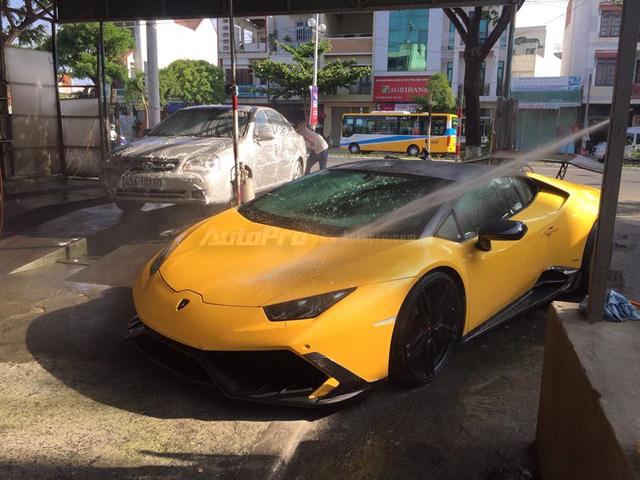 Cặp đôi Lamborghini Huracan độ khủng, biển VIP, đọ dáng cùng nhau tại Đà Nẵng - Ảnh 11.