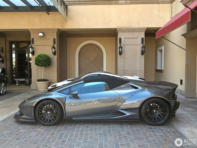 Vẻ đẹp của siêu xe mui trần Lamborghini Huracan LP610-4 Spyder độ Liberty Walk - Ảnh 2.