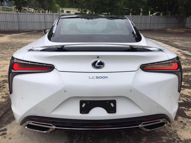 Lexus LC 500h 2018 đầu tiên cập bến Lào, đại gia Việt phát hờn - Ảnh 6.