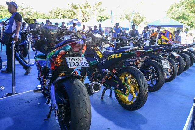 Dàn Yamaha Exciter độ tụ họp trong sự kiện giao lưu với Valentino Rossi tại Việt Nam - Ảnh 12.