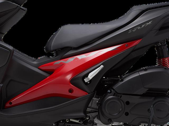Yamaha NVX có thêm màu sơn mới, tặng thêm cặp phuộc dầu cho bản 155 phân khối - Ảnh 10.