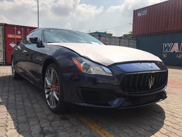 Maserati Quattroporte GranSport GTS 2017 giá 11,8 tỷ Đồng định cư tại Hà Nội - Ảnh 4.