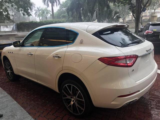 Maserati Levante S đầu tiên cập bến Việt Nam - Ảnh 3.