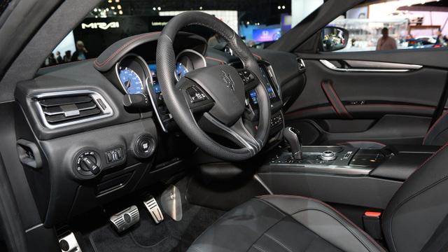 Maserati trình làng phiên bản giới hạn của Ghibli, giá từ 1,7 tỷ Đồng - Ảnh 9.