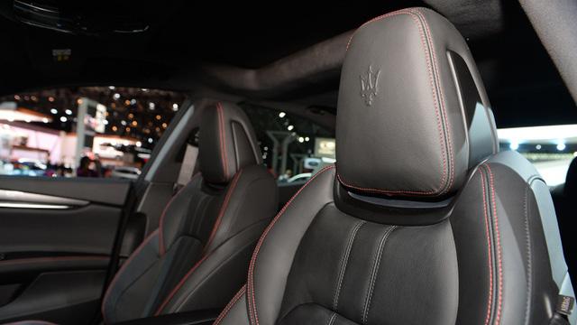 Maserati trình làng phiên bản giới hạn của Ghibli, giá từ 1,7 tỷ Đồng - Ảnh 8.