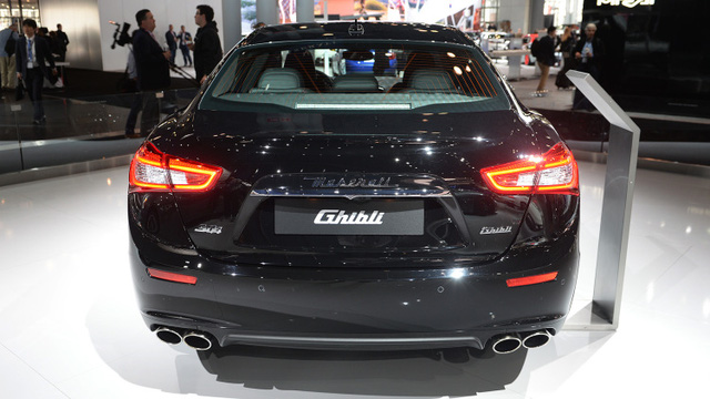 Maserati trình làng phiên bản giới hạn của Ghibli, giá từ 1,7 tỷ Đồng - Ảnh 12.
