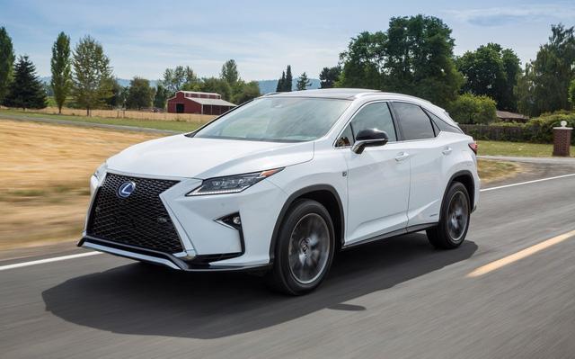 """Nở rộ thú chơi """"biến"""" xe Toyota thành Lexus - Ảnh 6."""