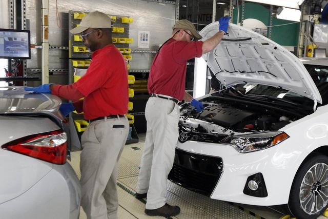 Toyota bắt tay Mazda, lập liên minh sản xuất xe tại Mỹ - Ảnh 1.