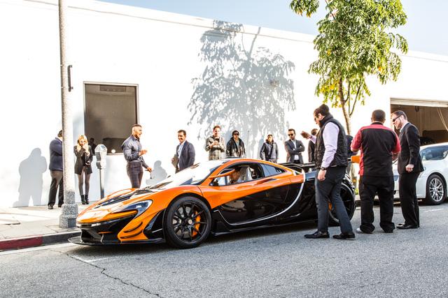 Đây là chiếc McLaren P1 GTR hiếm hoi hợp pháp lưu thông trên phố - Ảnh 3.