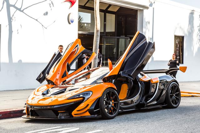 Đây là chiếc McLaren P1 GTR hiếm hoi hợp pháp lưu thông trên phố - Ảnh 7.
