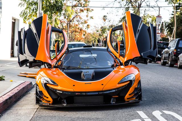 Đây là chiếc McLaren P1 GTR hiếm hoi hợp pháp lưu thông trên phố - Ảnh 2.