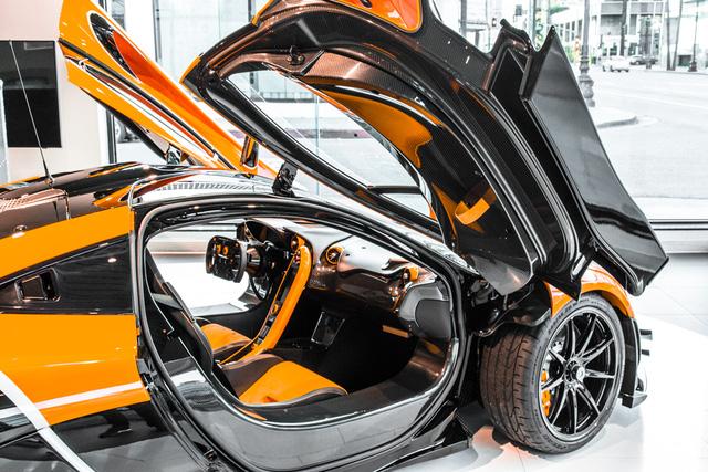 Đây là chiếc McLaren P1 GTR hiếm hoi hợp pháp lưu thông trên phố - Ảnh 6.