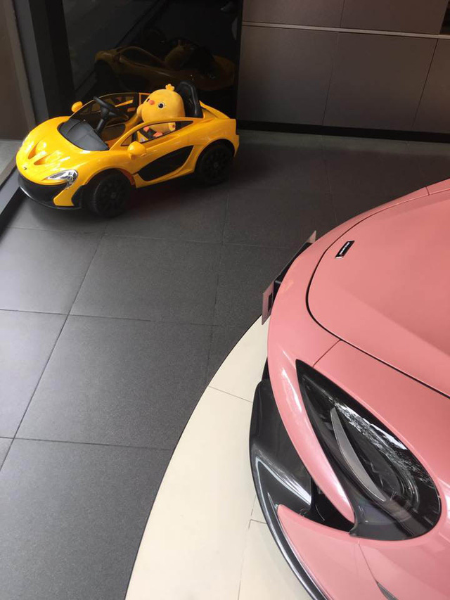 Đây có lẽ là chiếc McLaren 570S sinh ra dành riêng cho quý bà - Ảnh 2.