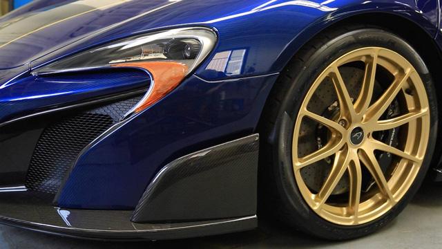 McLaren 675LT Spider Carbon Series mạ vàng có giá khóc thét 18,5 tỷ Đồng - Ảnh 6.