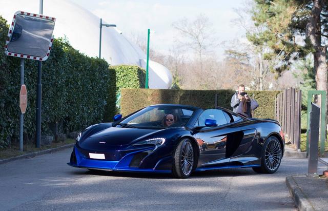 Vẻ đẹp của siêu xe hàng hiếm McLaren 675LT Spider Carbon Series - Ảnh 3.