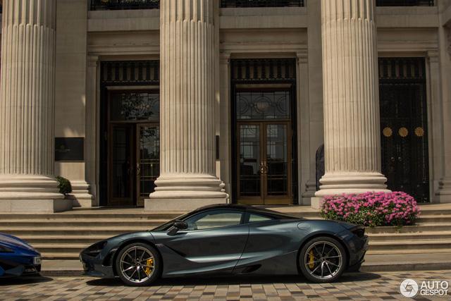 Lần đầu bắt gặp cặp đôi siêu xe hàng nóng của McLaren khoe dáng trên phố - Ảnh 6.