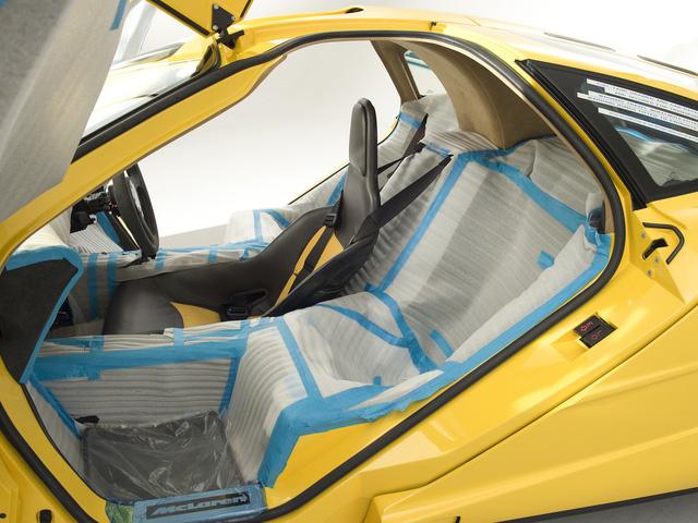 McLaren F1 siêu hiếm, khoang động cơ dát vàng đã tìm thấy chủ nhân, giá ước tính 454 tỷ Đồng - Ảnh 1.
