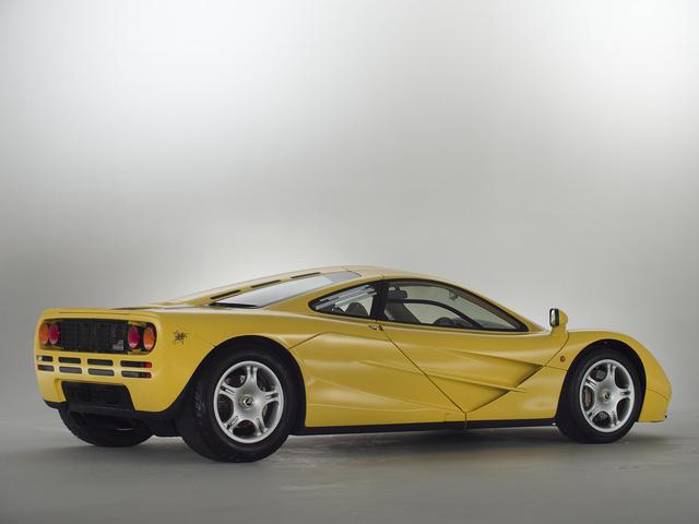 McLaren F1 siêu hiếm, khoang động cơ dát vàng đang được rao bán - Ảnh 13.